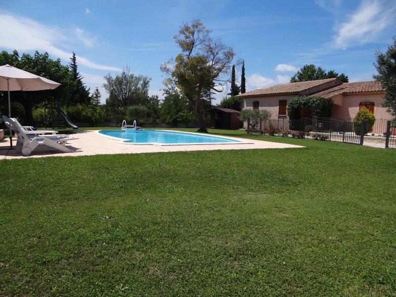 offres locations vacances belle maison entraigues 4 chambres piscine de 5m x 10m